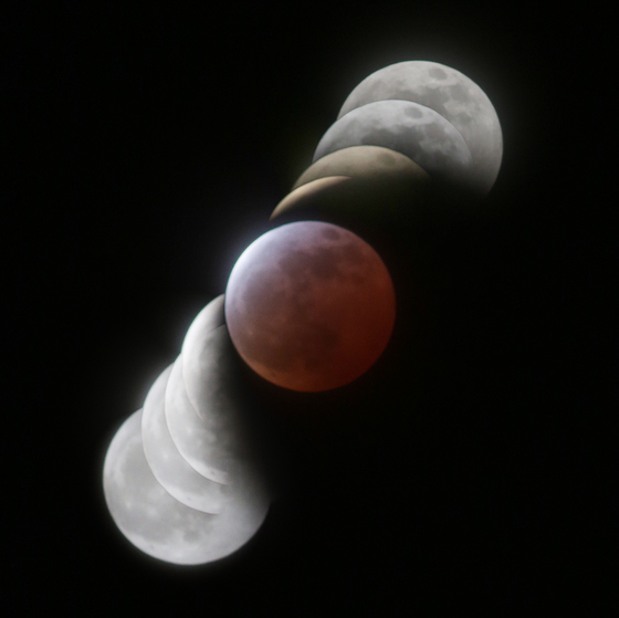MoonEclipse4.jpg