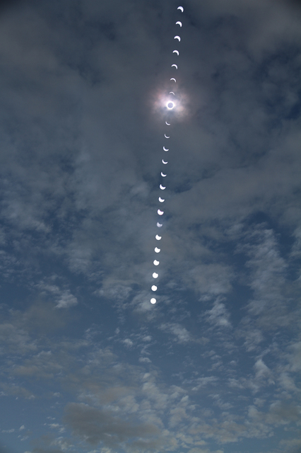 Serial_Eclipse160309.jpg
