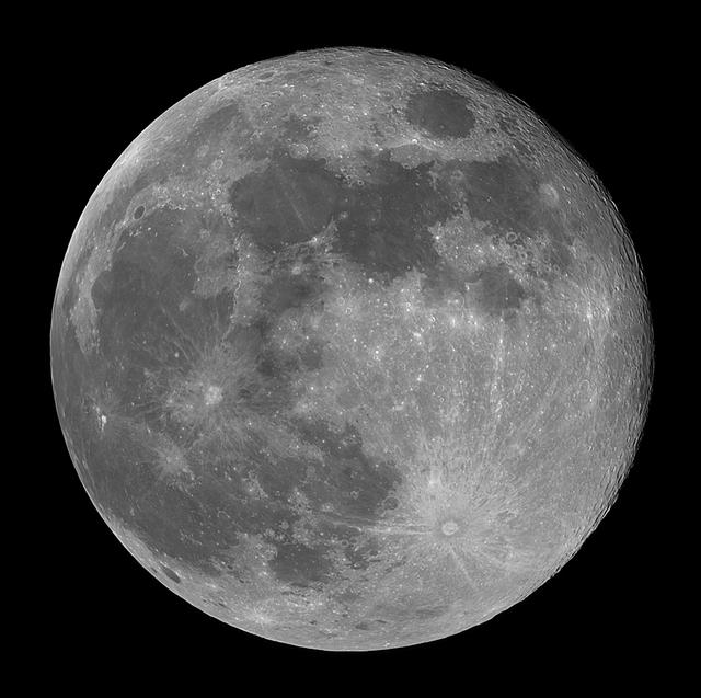 moon20190519bl.jpg